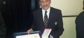 """El Cap. Sergio Osiroff, Delegado del Centro de Patrones en Ushuaia, Delegado de la Liga Naval, hidrógrafo y docente en la carrera de Ingeniería Pesquera de la UTN Ushuaia, ha sido galardonado con la Medalla de Plata de la Federación Internacional de Ligas y Asociaciones Navales (FIDALMAR), en la jornada de clausura de la XXX Cumbre Anual de dicha institución en Cartagena, Colombia. La entrega del reconocimiento hacia su trayectoria y su aporte a la comunidad marítima, tuvo lugar el pasado 7 de octubre en la Escuela Nacional de Pesca """"Comandante Luis Piedrabuena"""", en el marco del Ciclo Almirante Storni 2016, organizado por la Liga Naval Argentina con el auspicio del Ministerio de Defensa de la Nación. Fotos: gentileza Liga Naval Argentina y Deleg. Mar del Plata Centro de Patrones"""
